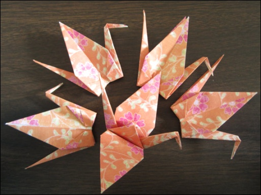 japanese-crane-party-decorations.jpeg